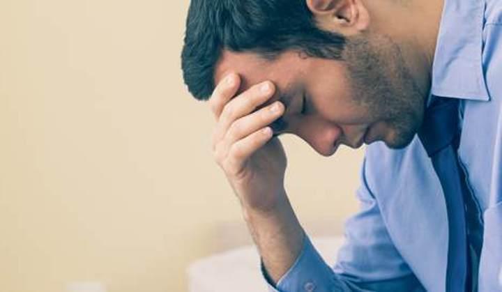 هل يؤثر ضعف الانتصاب أو الضعف الجنسي على الإنتاجية في العمل؟